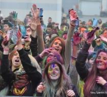 HOLI  FESTIVAL  2015 049